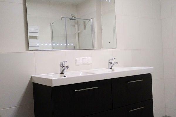 ferienwohnung-ostseebad-binz-insel-ruegen-badezimmer