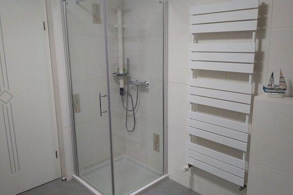 ferienwohnung-ostseebad-binz-ruegen-badezimmer